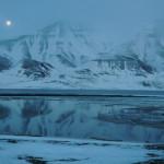 Fullmåne over Hiorthfjellet