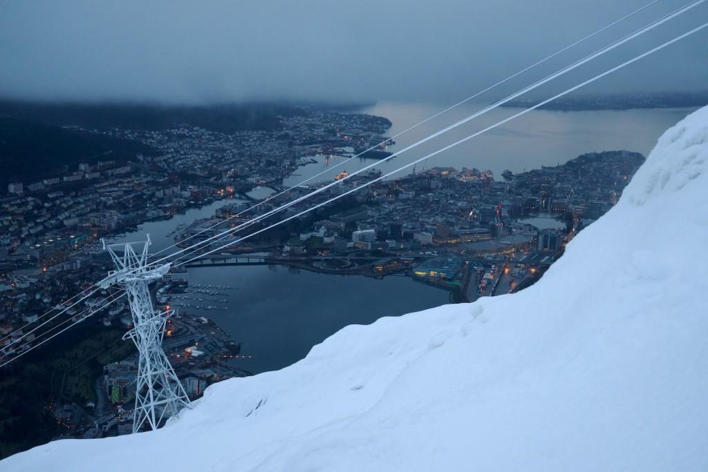 Snø over 400m